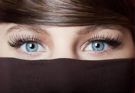 Do Eyelashes Grow Back? ~ How to Regrow Lashes and Stay ...