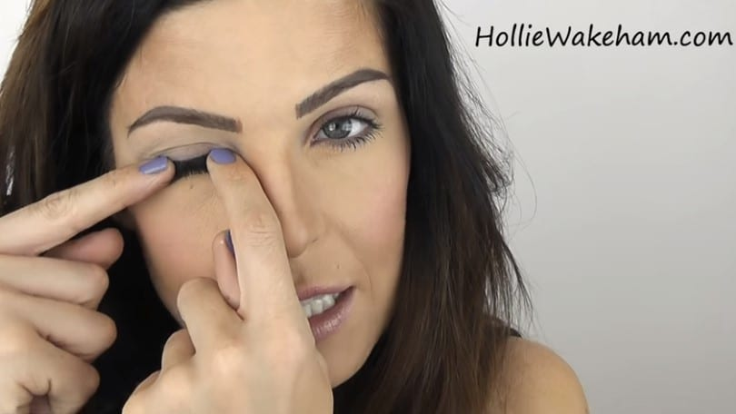 Learn The Trick To Apply False Eyelashes Flawlessly - Step 12