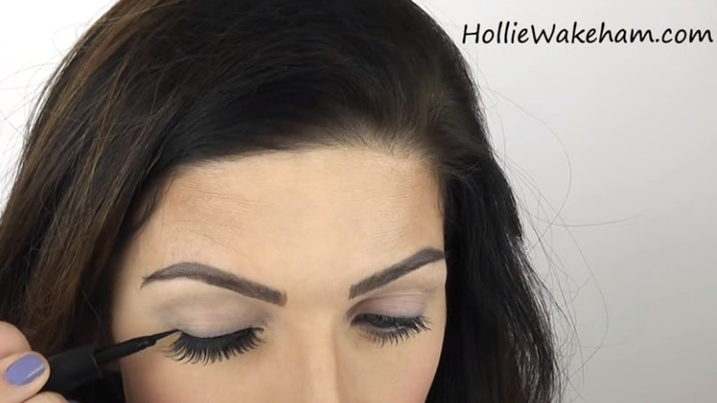 Learn The Trick To Apply False Eyelashes Flawlessly - Step 15 (alternative)