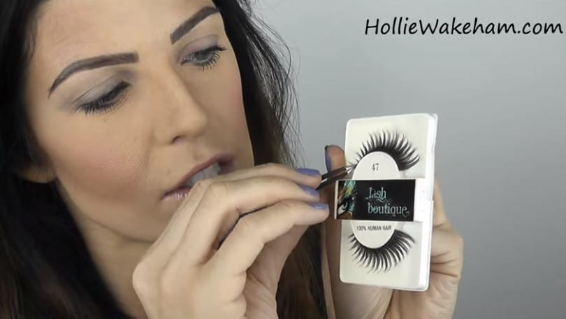 Learn The Trick To Apply False Eyelashes Flawlessly - Step 5