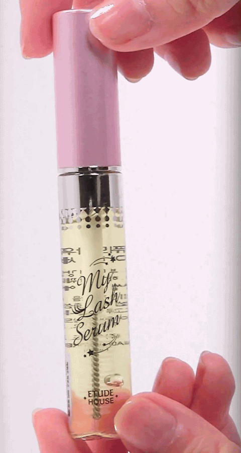 My Lash Serum is a beauty enhancement product that proposes to help improve the condition and growth of the lashes. The serum comes in a 1.29-ounce bottle.