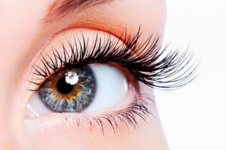 How Long Does It Take for Eyelashes to Grow Back? Side ...