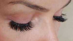 Does Vaseline Help Eyelashes Grow? Risks, Benefits and More